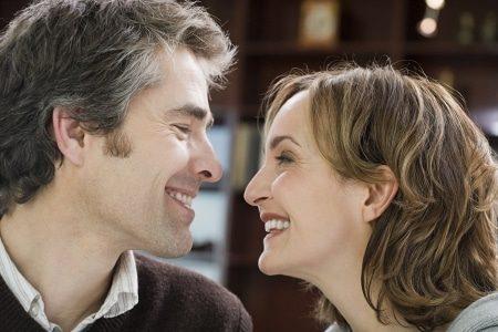 Agences matrimoniales : comment éviter l'arnaque | Dossier Familial
